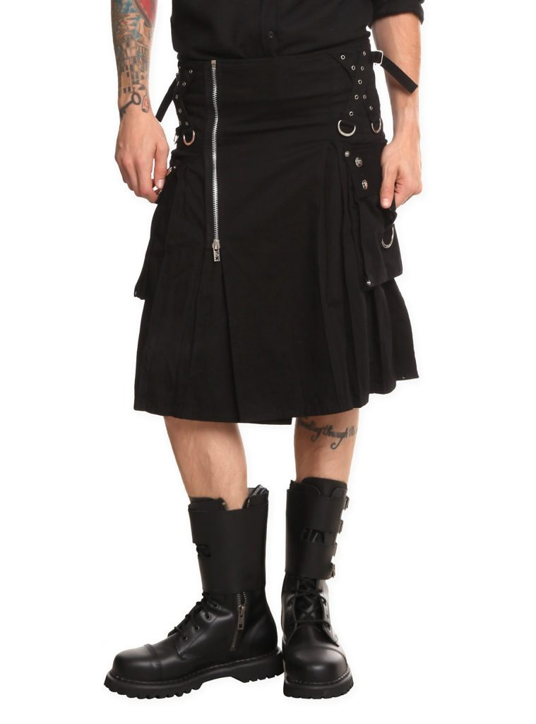 The black kilt has become popular in recent years.