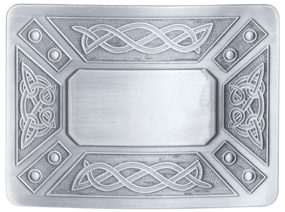This is the best kilt belt buckle to wear with a plain leather belt.