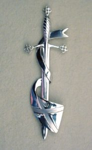 This silver kilt pin is high quality