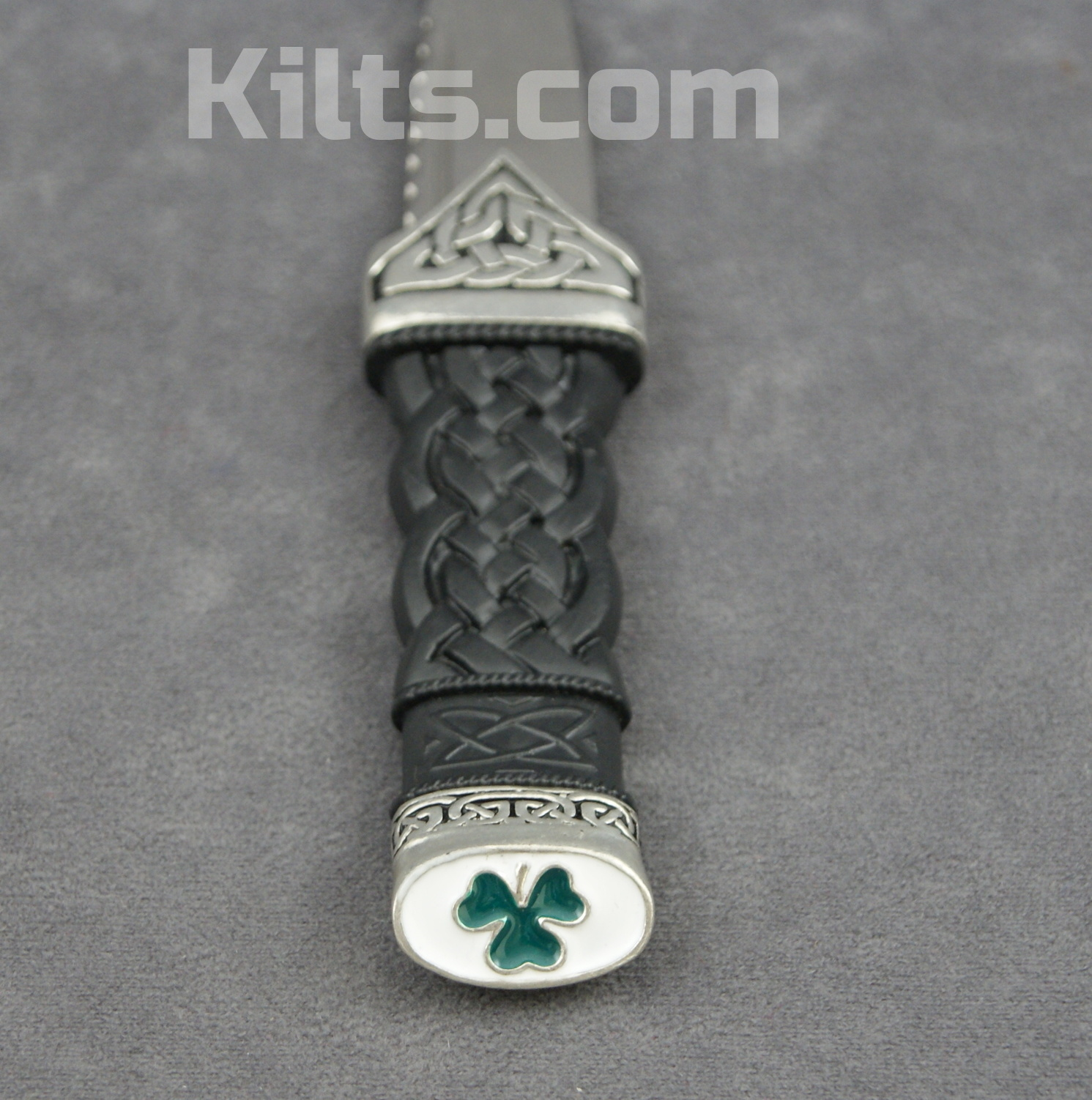 Looking for a Shamrock Dress Sgian Dubh (Shamrock Irish Kilt Knife)?
