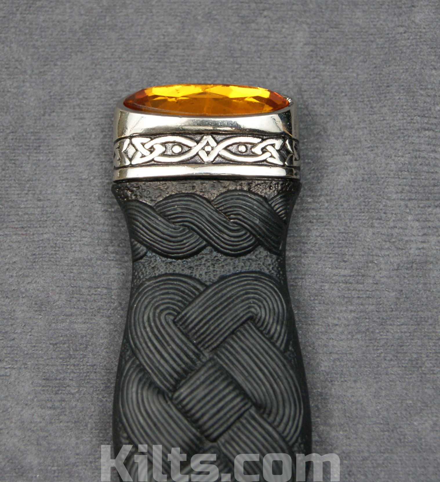 Looking for a Cairngorm Sgian Dubh or a Cairngorm Kilt Knife?