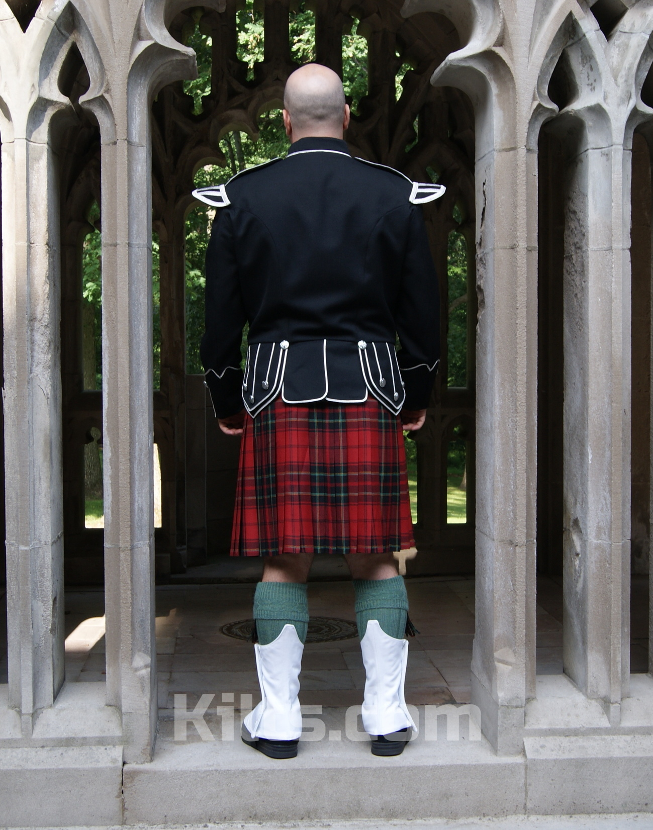 Do you need a kilt doublet? Check out our doublet jacket for sale.