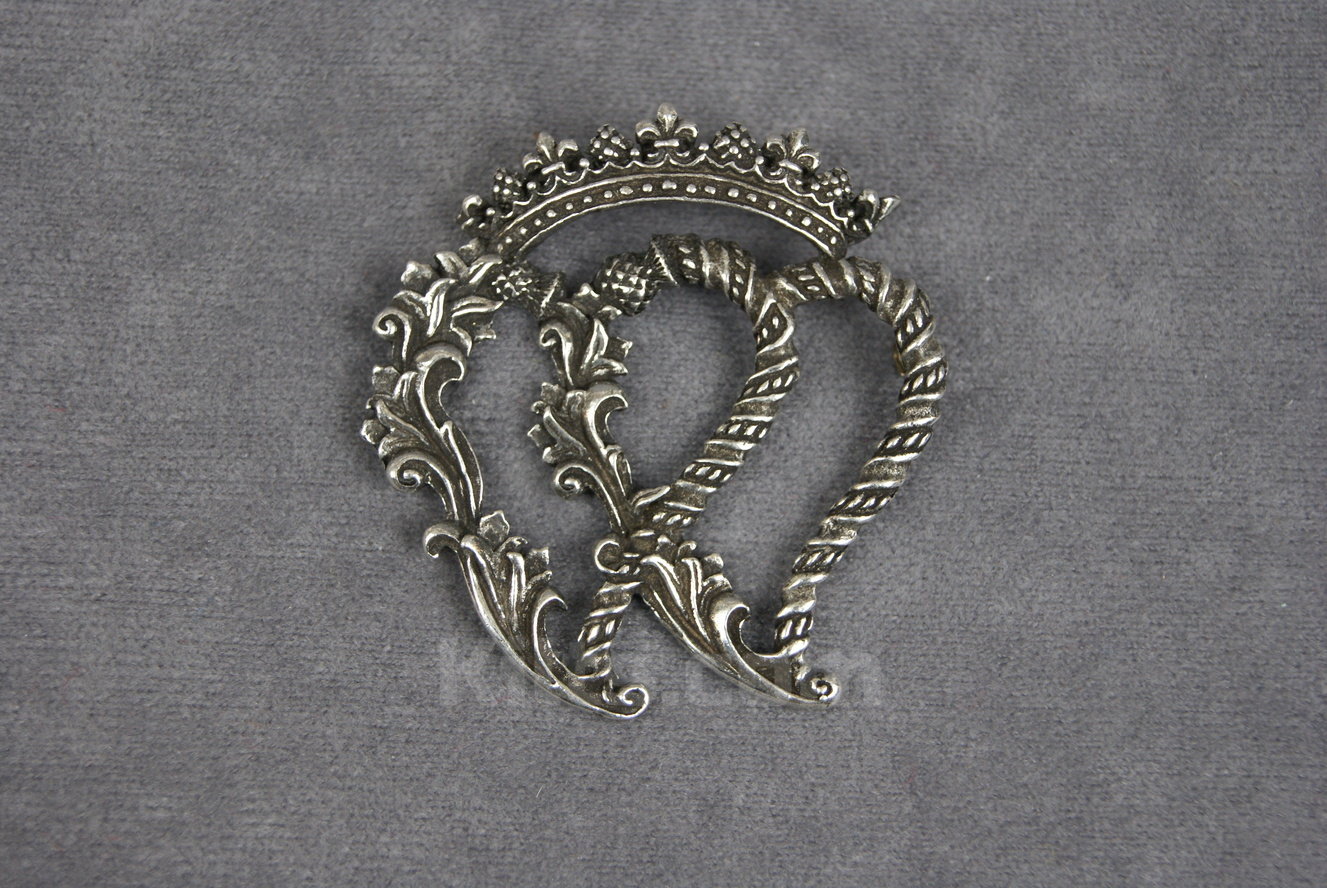 View our Stylistic Double Luckenbooth Brooch for sale.
