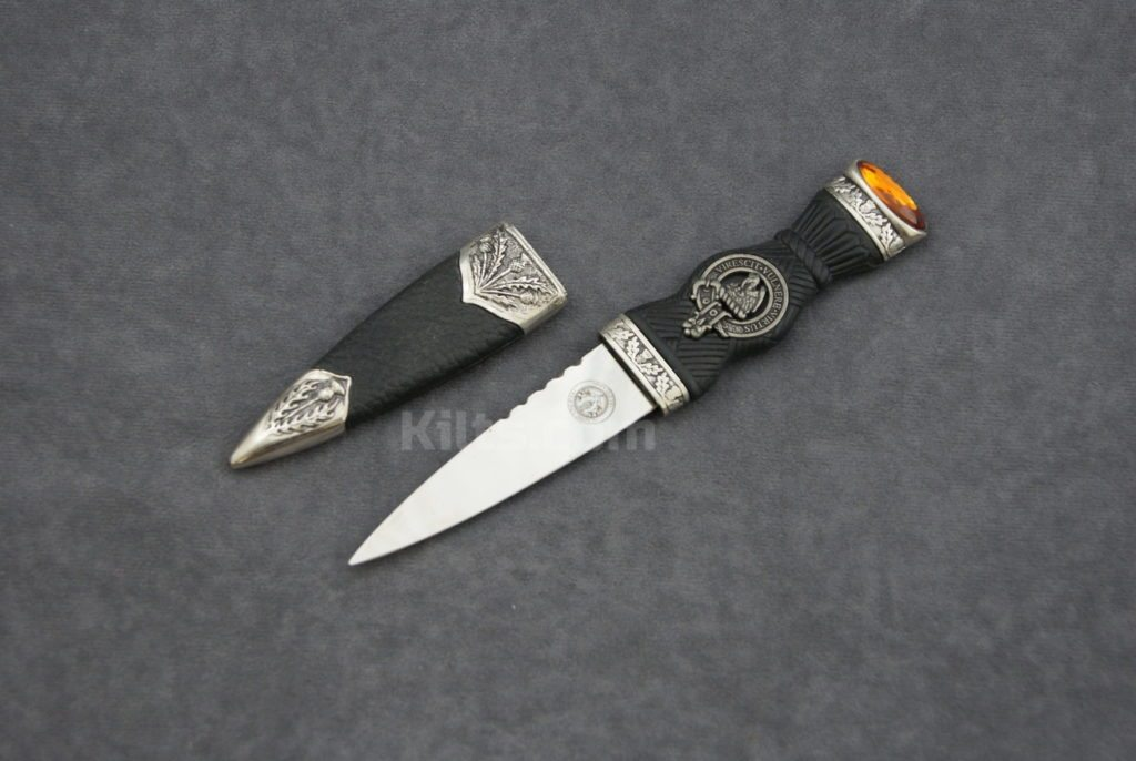 This is a great Sgian Dubh to wear with a kilt.