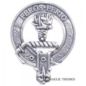 Chisolm Clan Crest