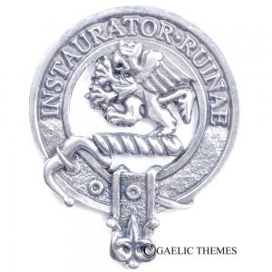 Forsyth Clan Crest
